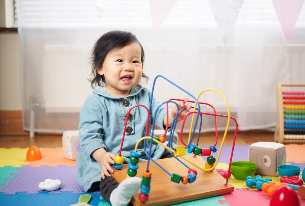 7 Jenis Mainan untuk Mendorong Perkembangan Anak Dengan Autisme